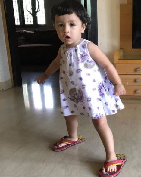 Ziva Dhoni Wiki-Biography-Age-Weight-Height-Profile Info