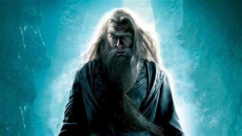28 Magical Facts about Albus Dumbledore