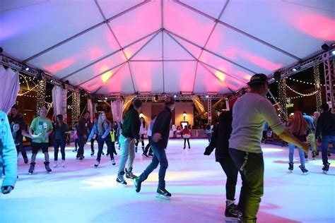 Get your skates ready: Irvine Spectrum's ice rink is open