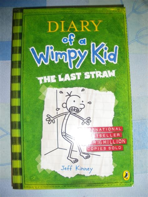 ENGLISH BOOKS: DIARY OF A WIMPY KID