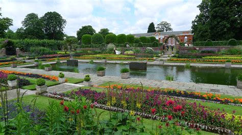 The London Fiver – Five Beautiful London Gardens to Visit