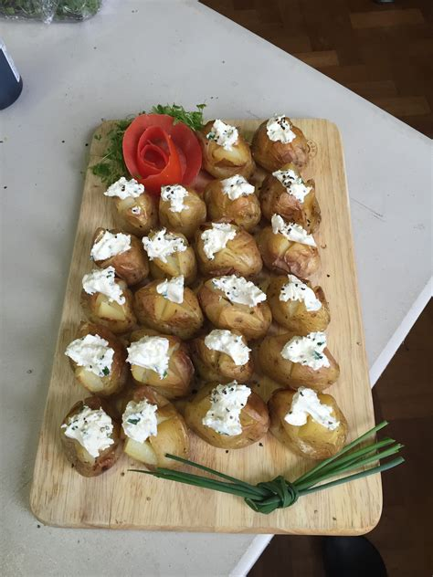 Finger Buffets   Magpie Catering