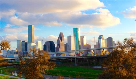 5 Must Do Things in Downtown Houston   365 Houston