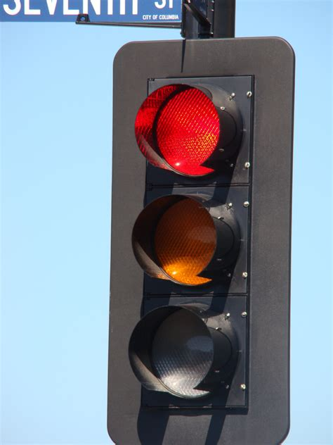 City of Columbia Taking Steps to Bring Red-Light Cameras