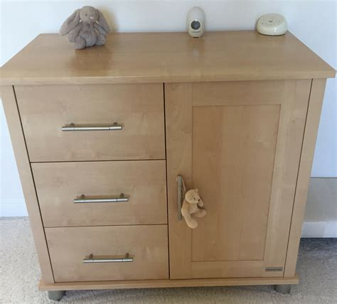 M&P Mamas and Papas Nursery cupboard & Cot bed in light