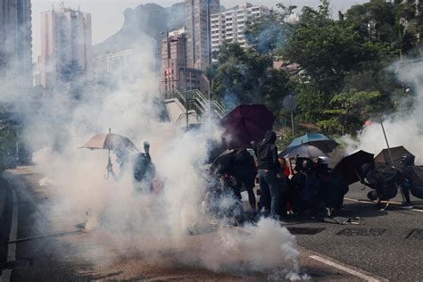 There's a way to fix the Hong Kong crisis | Human Rights Watch