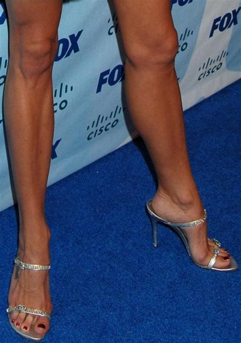 Brooke Burns Toe Cleavage Feet Arch and Legs